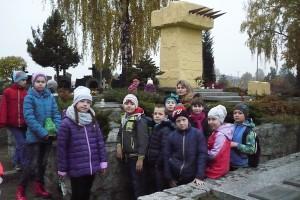 wizyta na cmentarzu  09